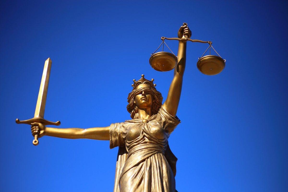 W czym może nam wspomóc radca prawny? W których kwestiach i w jakich kompetencjach prawa wesprze nam radca prawny?